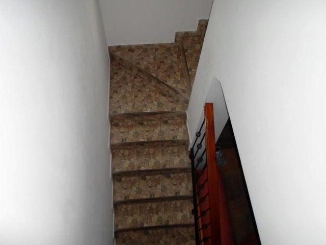 Casa Miranda>Carrizal>Colinas de Carrizal - Venta:90.000 Precio Referencial - codigo: 18-10944