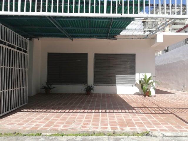 Local Comercial Lara>Barquisimeto>Del Este - Alquiler:78.000 Precio Referencial - codigo: 18-11057