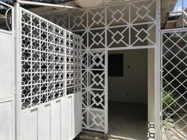 Oficina Lara>Barquisimeto>Del Este - Alquiler:65.000 Precio Referencial - codigo: 18-11247