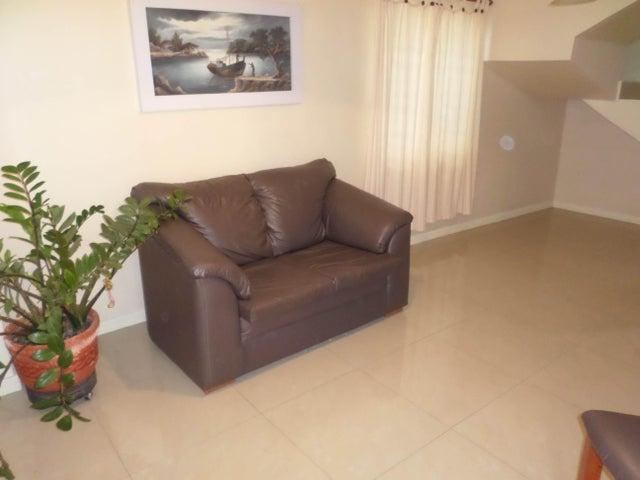 Casa Lara>Cabudare>Parroquia Jose Gregorio - Venta:27.000 US Dollar - codigo: 18-11281