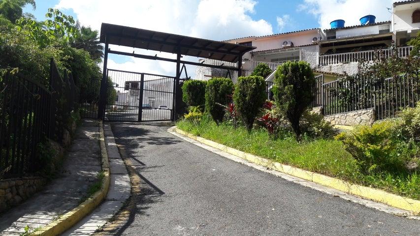 Casa Miranda>Carrizal>Los Parques - Venta:95.224.000 Precio Referencial - codigo: 18-11574