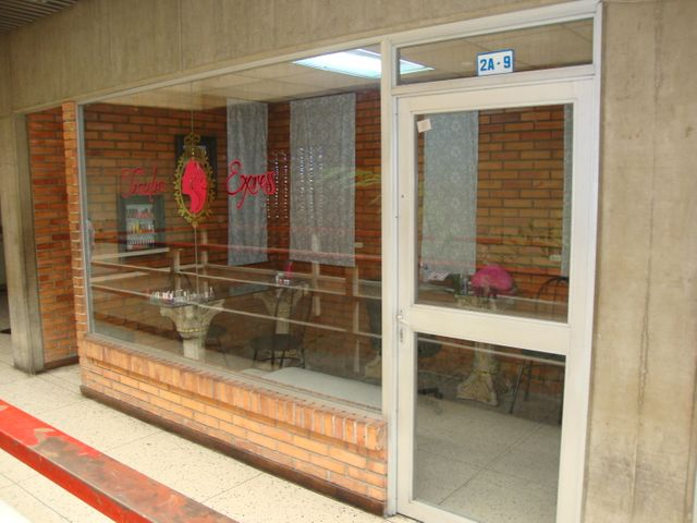 Local Comercial Lara>Barquisimeto>Centro - Venta:10.781.000 Precio Referencial - codigo: 18-11657