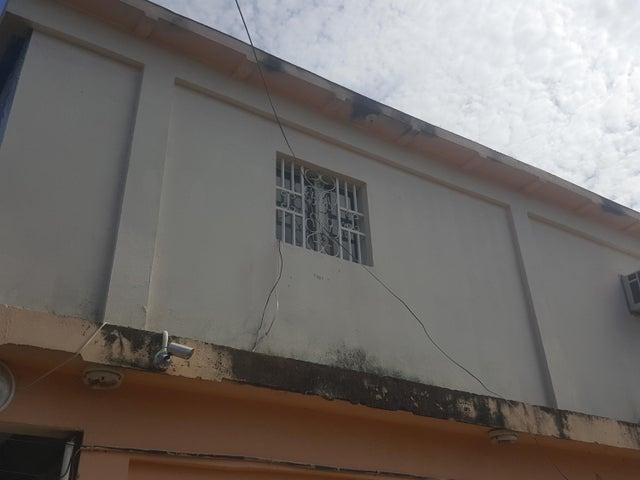 Galpon - Deposito Zulia>Ciudad Ojeda>Tia Juana - Venta:8.131.000 Precio Referencial - codigo: 18-13097
