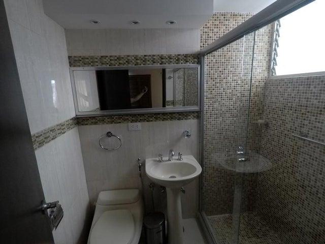 Apartamento Distrito Metropolitano>Caracas>Santa Paula - Venta:70.000 US Dollar - codigo: 18-11729