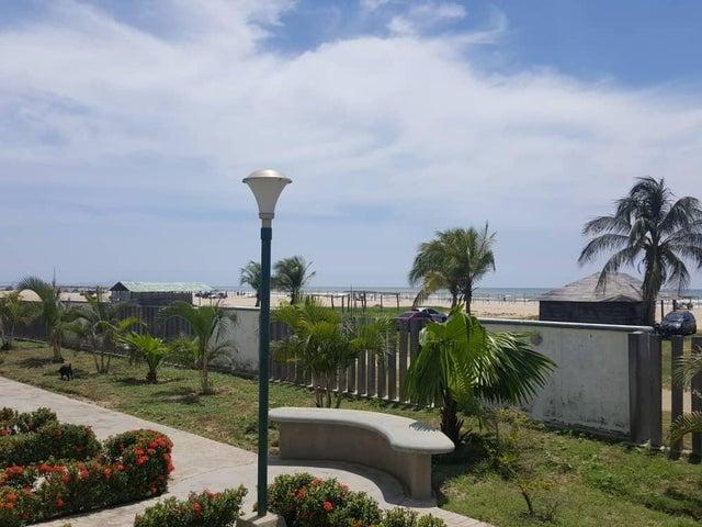 Apartamento Miranda>Rio Chico>Los Canales de Rio Chico - Venta:12.500 Precio Referencial - codigo: 18-12072