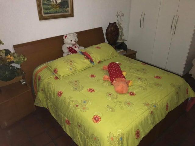 Casa Distrito Metropolitano>Caracas>El Paraiso - Venta:752.618.000 Precio Referencial - codigo: 18-12162