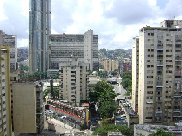 Apartamento Distrito Metropolitano>Caracas>Parroquia La Candelaria - Venta:14.861.000 Precio Referencial - codigo: 18-12200