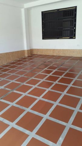 Casa Miranda>Charallave>Los Samanes - Venta:17.000 Precio Referencial - codigo: 18-12310
