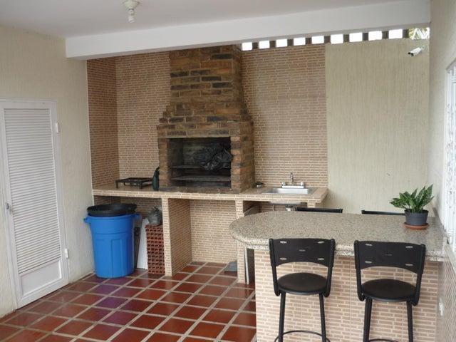 Casa Zulia>Ciudad Ojeda>La N - Venta:50.000 Precio Referencial - codigo: 18-12427
