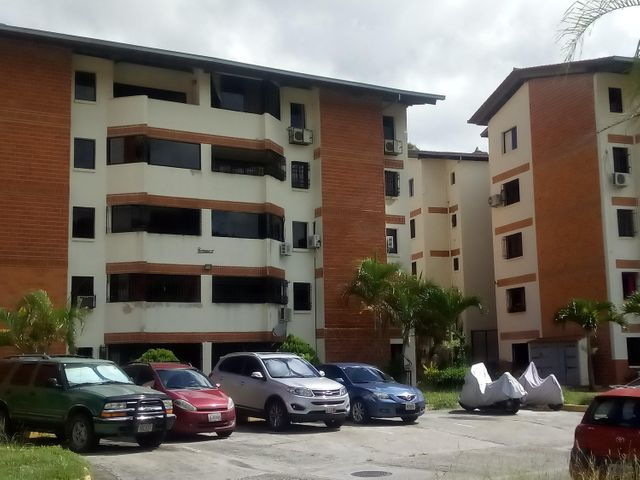 Apartamento Distrito Metropolitano>Caracas>Bosque Valle - Venta:6.355.000 Precio Referencial - codigo: 18-12469