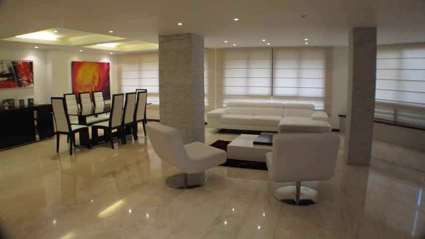 Apartamento Distrito Metropolitano>Caracas>La Castellana - Venta:600.000 Precio Referencial - codigo: 18-12486