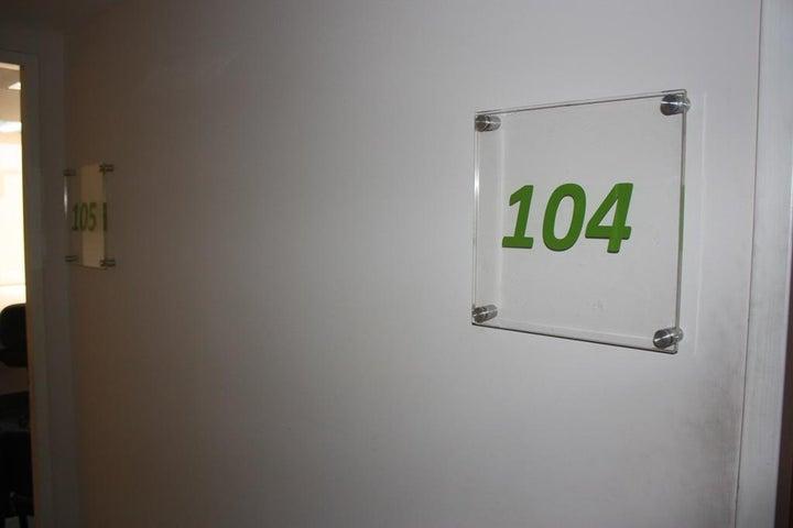 Oficina Distrito Metropolitano>Caracas>Altamira - Alquiler:1.688.000 Precio Referencial - codigo: 18-12872