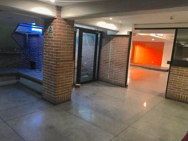 Oficina Distrito Metropolitano>Caracas>El Rosal - Venta:160.000 US Dollar - codigo: 18-12921