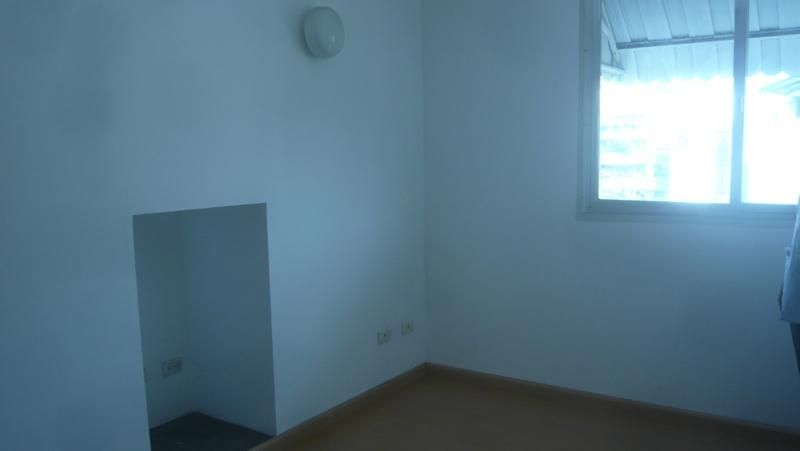 Apartamento Distrito Metropolitano>Caracas>La Florida - Venta:65.000 Precio Referencial - codigo: 18-13025