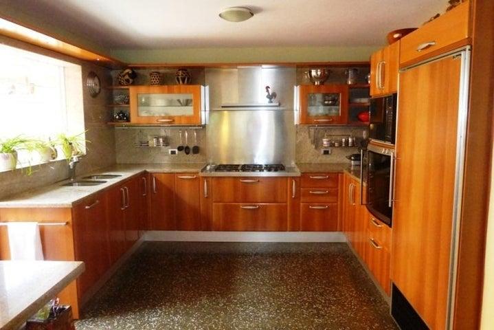 Casa Distrito Metropolitano>Caracas>Santa Marta - Venta:271.340.000 Precio Referencial - codigo: 18-13047