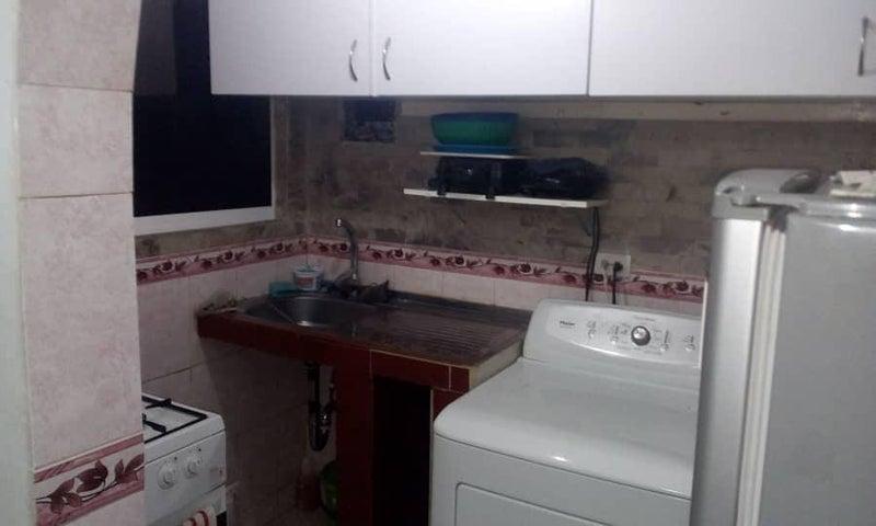 Apartamento Distrito Metropolitano>Caracas>Petare - Venta:7.462.000 Precio Referencial - codigo: 18-13052