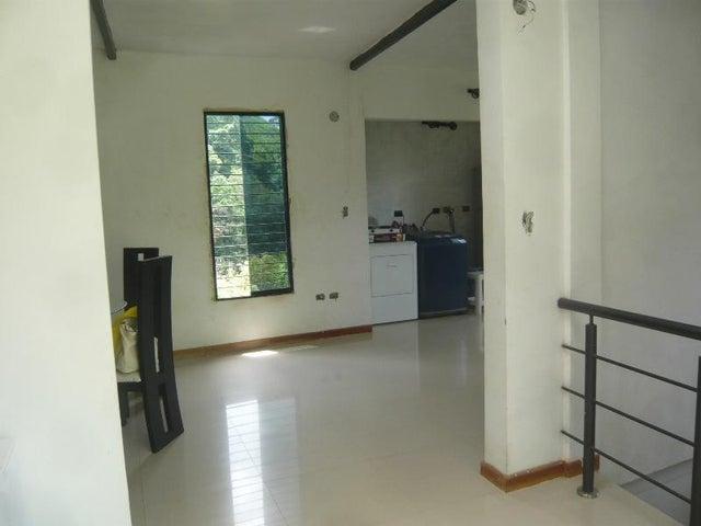 Casa Miranda>San Antonio de los Altos>El Amarillo - Venta:132.830.000 Precio Referencial - codigo: 18-13054