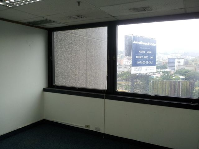 Local Comercial Distrito Metropolitano>Caracas>El Rosal - Venta:461.000 Precio Referencial - codigo: 18-13066