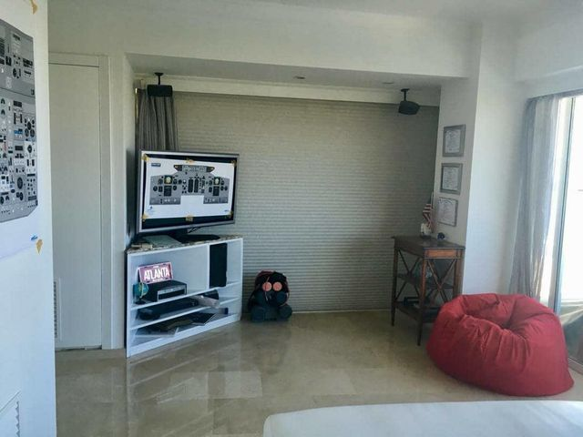 Apartamento Anzoategui>Lecheria>Complejo Turistico EL Morro - Venta:118.264.000 Precio Referencial - codigo: 18-13074