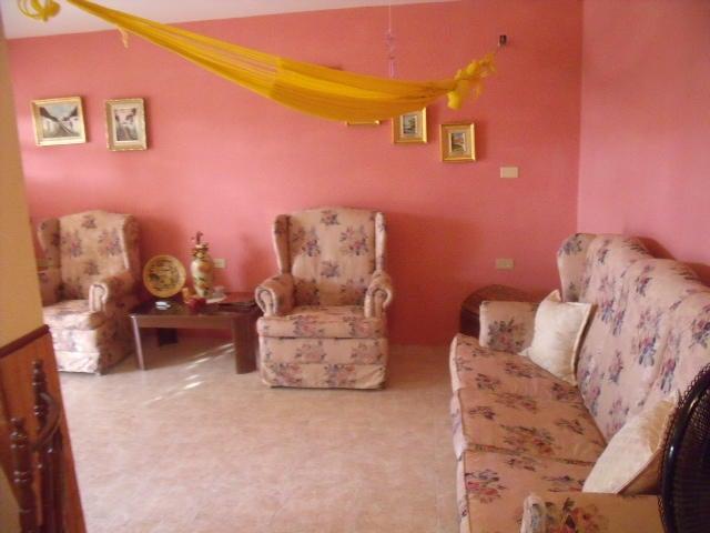 Casa Zulia>Ciudad Ojeda>Avenida Vargas - Venta:15.000 Precio Referencial - codigo: 18-13091
