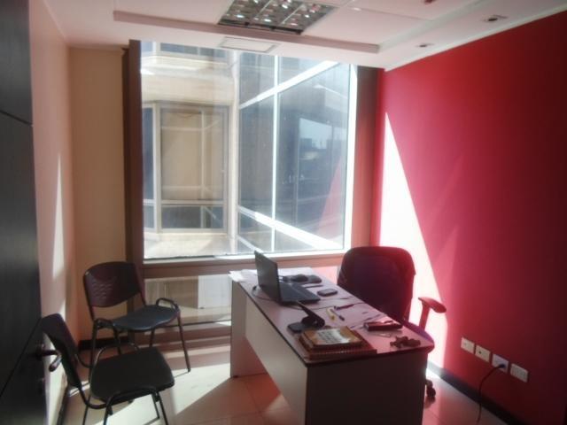 Oficina Distrito Metropolitano>Caracas>Chacao - Alquiler:429.000 Precio Referencial - codigo: 18-13096