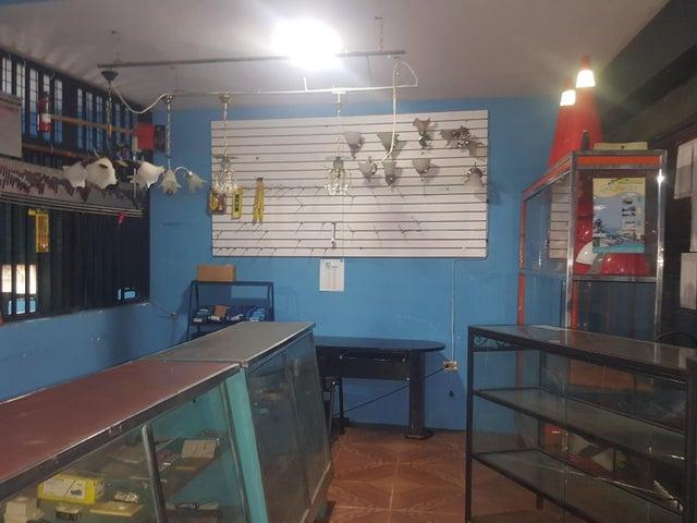 Galpon - Deposito Zulia>Ciudad Ojeda>Tia Juana - Alquiler:67.000 Precio Referencial - codigo: 18-13099