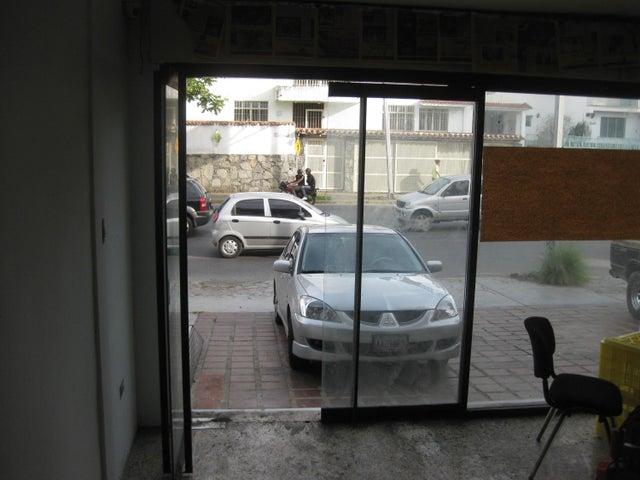 Local Comercial Distrito Metropolitano>Caracas>Sorocaima - Alquiler:100.000 Precio Referencial - codigo: 18-13172