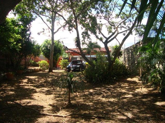 Casa Lara>Cabudare>Parroquia Agua Viva - Venta:25.000 US Dollar - codigo: 18-13174