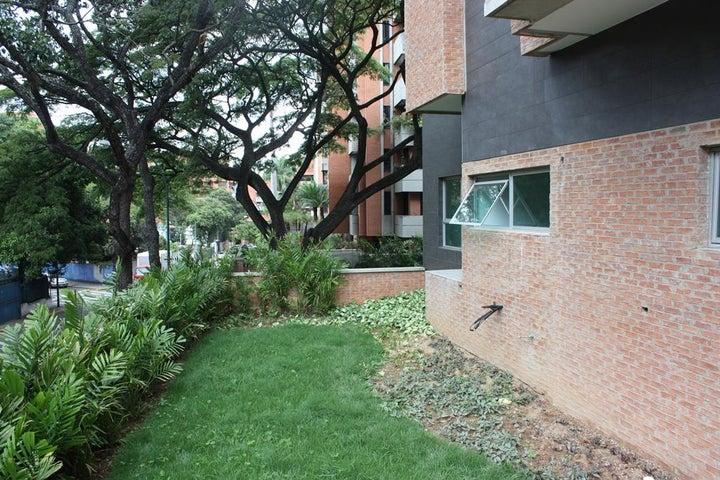 Apartamento Distrito Metropolitano>Caracas>Campo Alegre - Venta:1.420.000 US Dollar - codigo: 18-13177