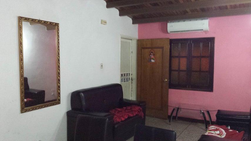 Casa Lara>Cabudare>Parroquia Jose Gregorio - Venta:8.738.000 Precio Referencial - codigo: 18-13180