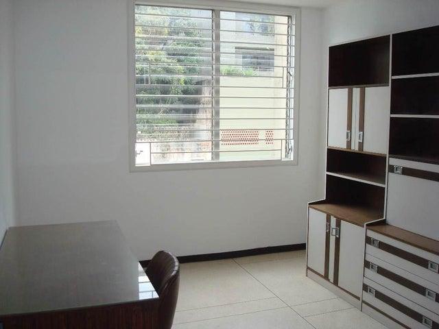 Apartamento Distrito Metropolitano>Caracas>San Bernardino - Venta:45.000 US Dollar - codigo: 18-13182