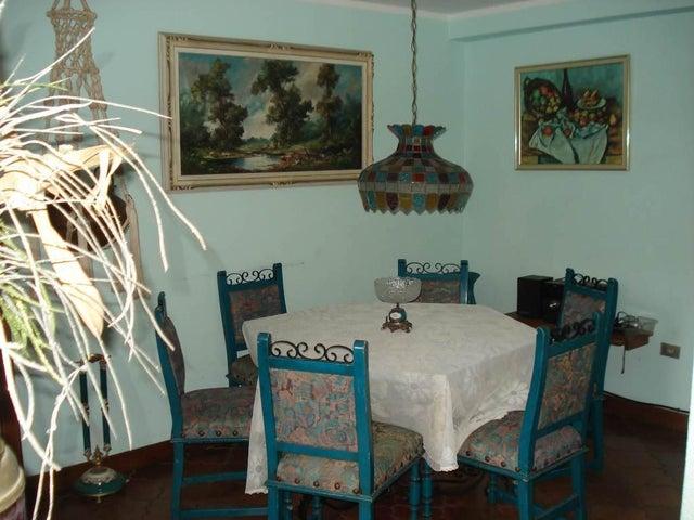 Apartamento Distrito Metropolitano>Caracas>Santa Paula - Venta:120.000 US Dollar - codigo: 18-13184
