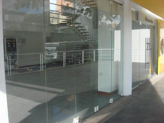 Local Comercial Distrito Metropolitano>Caracas>La Trinidad - Venta:1.750.000 Precio Referencial - codigo: 18-13275