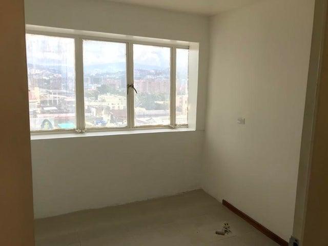 Oficina Distrito Metropolitano>Caracas>Chacao - Venta:130.934.000 Precio Referencial - codigo: 18-13505