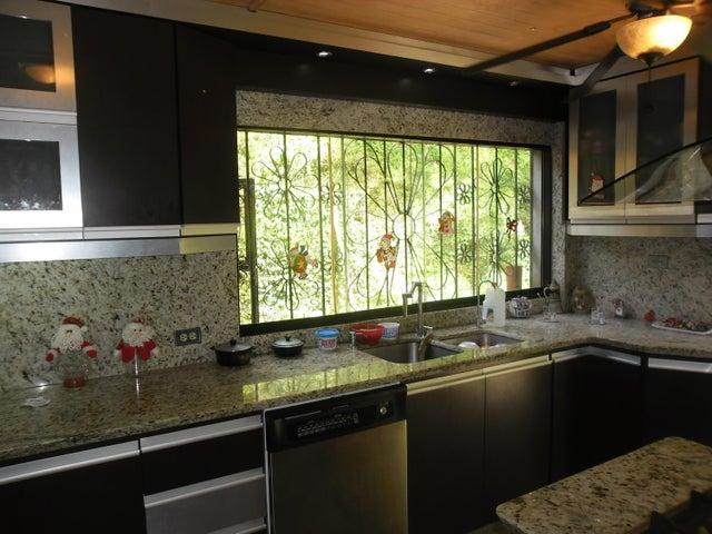 Casa Miranda>San Antonio de los Altos>San Diego de los altos - Venta:40.000 Precio Referencial - codigo: 18-13625