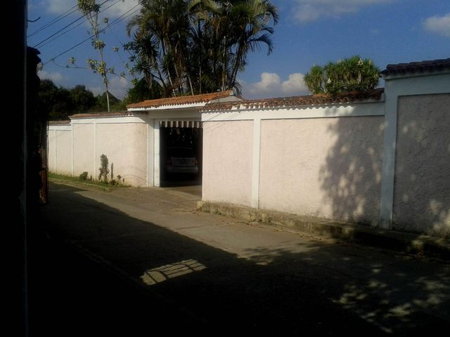 Casa Miranda>San Diego de los Altos>Parcelamiento El Prado - Venta:65.000 Precio Referencial - codigo: 18-13594