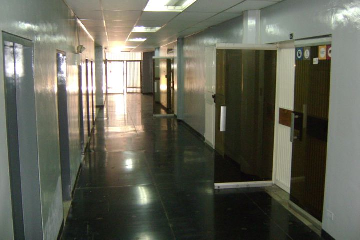 Industrial Distrito Metropolitano>Caracas>Boleita Norte - Venta:500.000 Precio Referencial - codigo: 18-13641