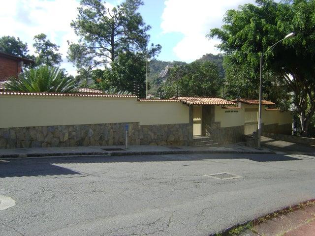Casa Distrito Metropolitano>Caracas>Cerro Verde - Venta:1.400.000 Precio Referencial - codigo: 18-13643
