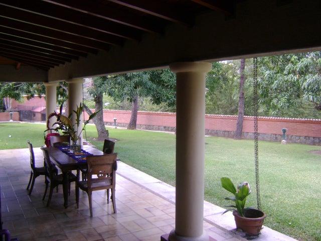 Casa Distrito Metropolitano>Caracas>Cerro Verde - Venta:5.031.292.000 Precio Referencial - codigo: 18-13643