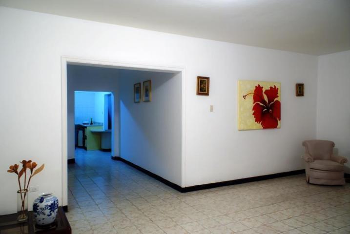 Casa Distrito Metropolitano>Caracas>La Florida - Venta:323.440.000 Precio Referencial - codigo: 18-13645