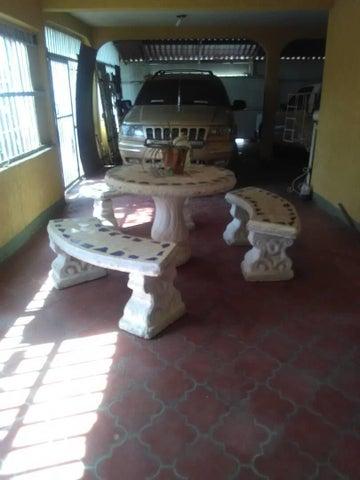 Casa Zulia>Cabimas>5bocas - Venta:17.000 Precio Referencial - codigo: 18-13872