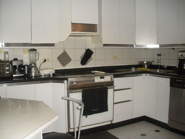 Apartamento Distrito Metropolitano>Caracas>Los Dos Caminos - Venta:275.000 Precio Referencial - codigo: 18-15115