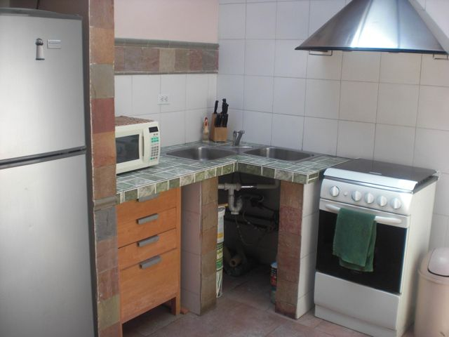 Casa Distrito Metropolitano>Caracas>Macaracuay - Venta:200.000 Precio Referencial - codigo: 18-13920
