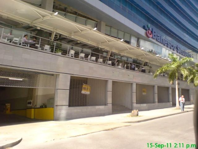 Local Comercial Distrito Metropolitano>Caracas>El Rosal - Alquiler:1.500 Precio Referencial - codigo: 18-13942