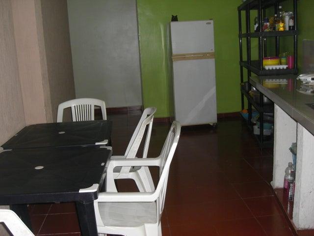 Local Comercial Zulia>Cabimas>Cumana - Venta:100.000 Precio Referencial - codigo: 18-13973
