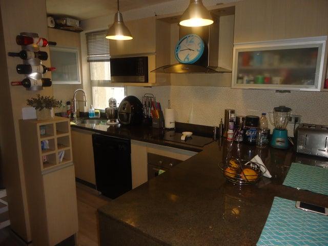 Apartamento Distrito Metropolitano>Caracas>Santa Paula - Venta:85.000 Precio Referencial - codigo: 18-14250