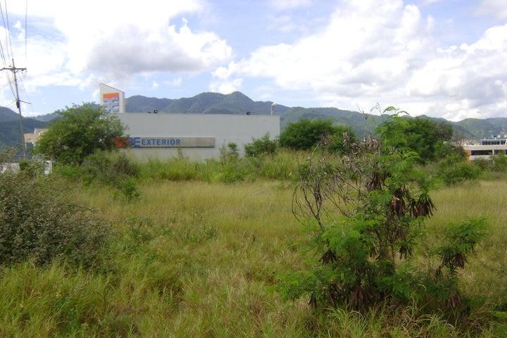 Terreno Miranda>Guatire>Buenaventura - Venta:10.000.000 Precio Referencial - codigo: 18-14491