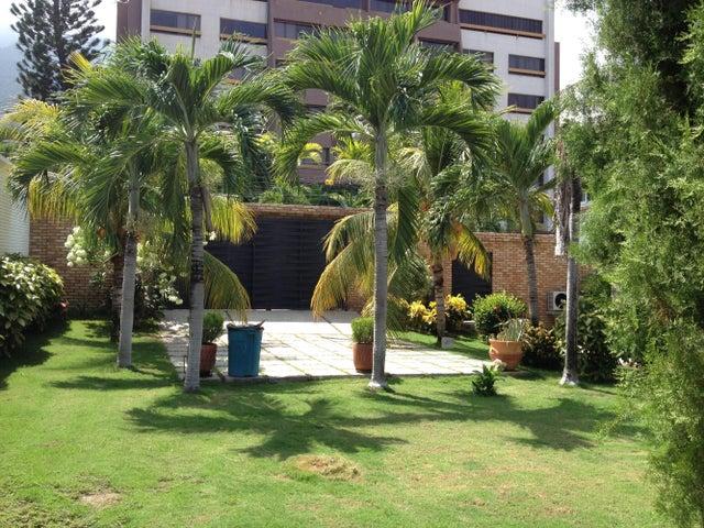 Casa Vargas>Parroquia Caraballeda>Caribe - Venta:300.000 Precio Referencial - codigo: 18-14528