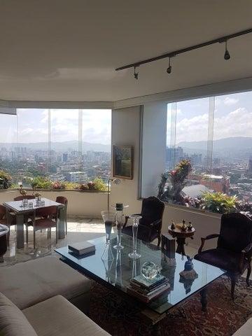 Apartamento Distrito Metropolitano>Caracas>La Castellana - Venta:800.000 Precio Referencial - codigo: 18-14530