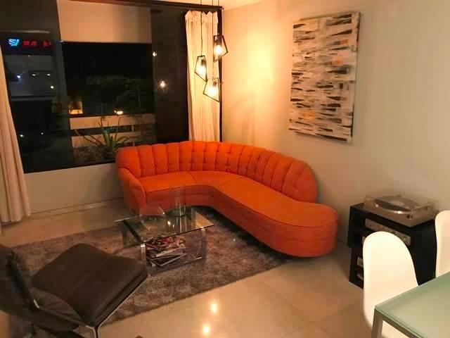 Apartamento Distrito Metropolitano>Caracas>El Rosal - Venta:90.000 Precio Referencial - codigo: 18-14671